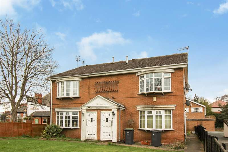 2 Bedrooms Flat for sale in Bessell Lane, Stapleford