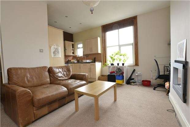 1 Bedroom Flat for sale in Ashley Down Road, Ashley Down, Bristol, BS7 9JZ