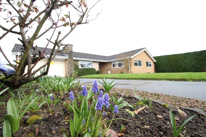 3 Bedrooms Detached Bungalow for sale in Warbage Lane, Dodford, Bromsgrove, B61