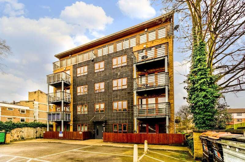1 Bedroom Flat for sale in Carlton Drive, Putney, SW15