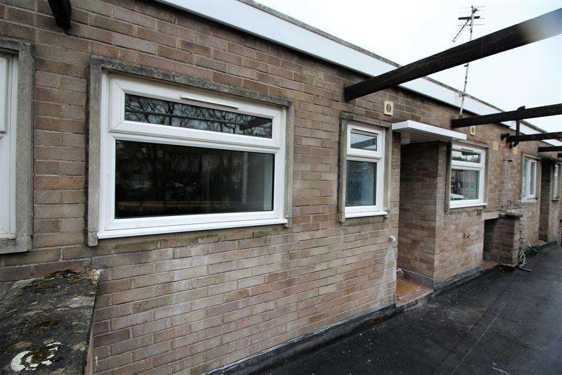 2 Bedrooms Flat for sale in Fortescue Road, Radstock
