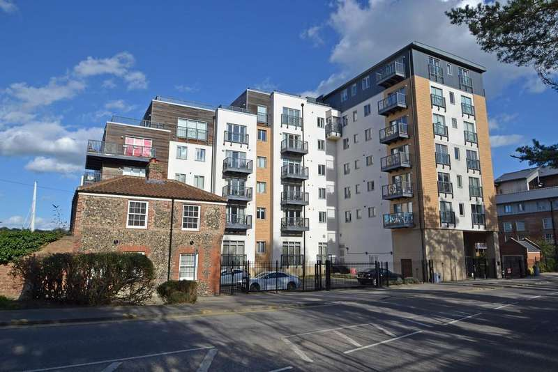 3 Bedrooms Apartment Flat for sale in City Centre, Norwich