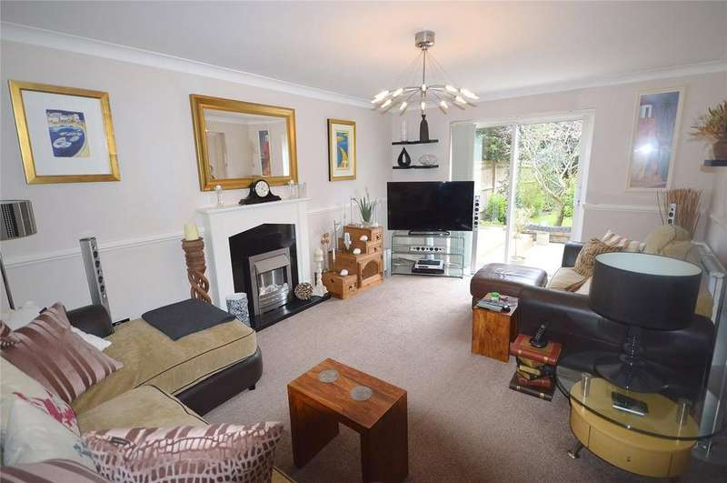 4 Bedrooms Detached House for sale in Avalon Close, Watford, Hertfordshire, WD25