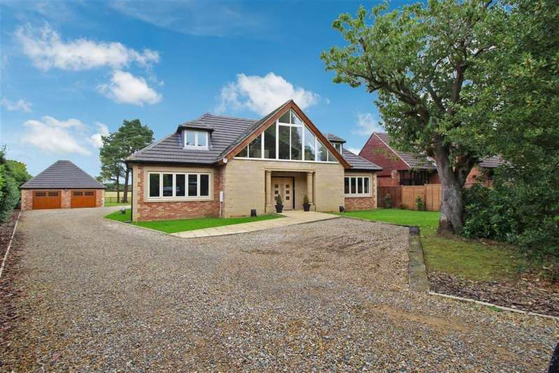 6 Bedrooms Detached House for sale in The Avenue, Nr Ponteland, NE20