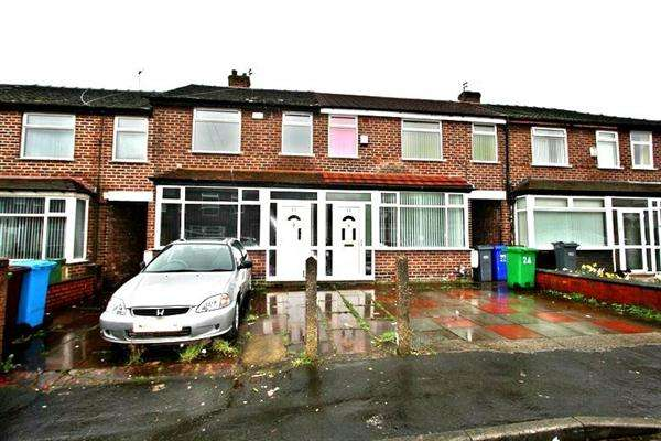 2 Bedrooms Terraced House for sale in Stanhorne Ave, Cumpsall, Manchester