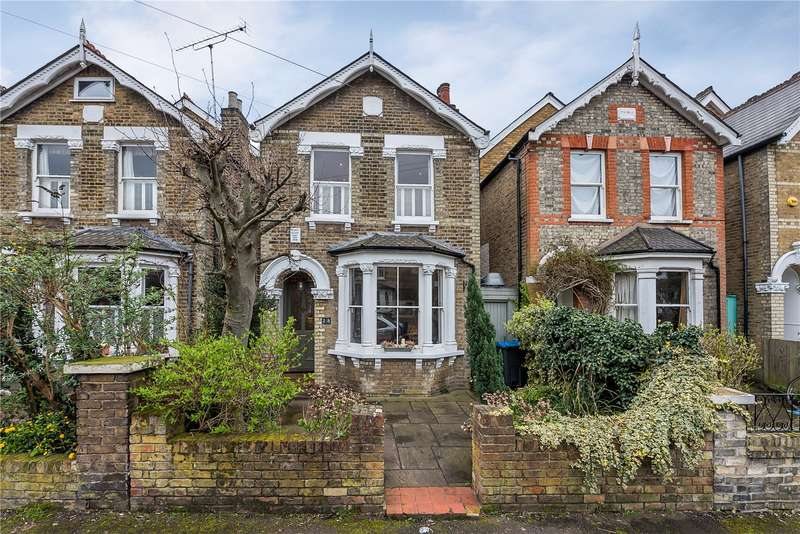 4 Bedrooms Detached House for sale in Durlston Road, Kingston upon Thames, KT2
