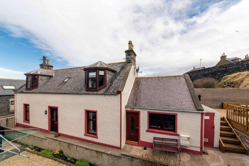 3 Bedrooms Detached House for sale in High Shore, Macduff, Aberdeenshire, AB44 1SL