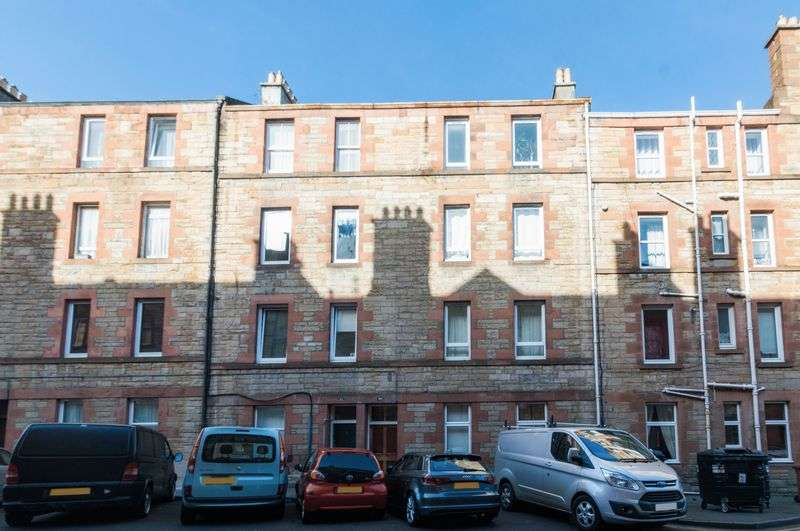 2 Bedrooms Flat for sale in 30/5 Milton Street, Abbeyhill, Edinburgh EH8 8HD