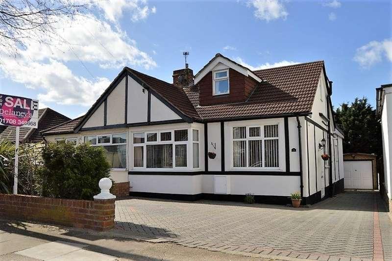 4 Bedrooms Bungalow for sale in Geoffrey Avenue, Harold Wood