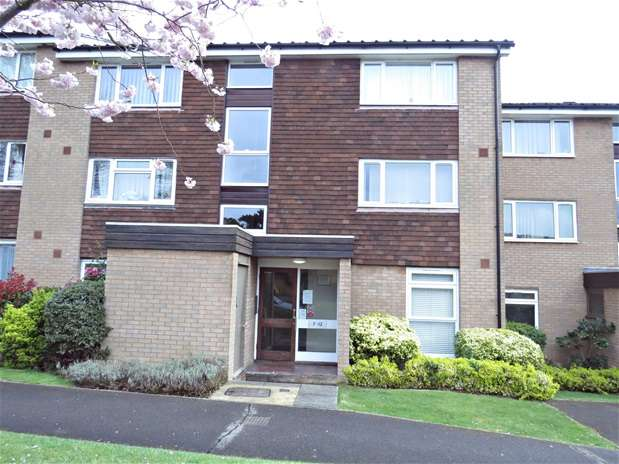 1 Bedroom Flat for sale in Green Acres, Croydon