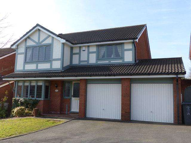 4 Bedrooms Detached House for sale in Boulton Close,Burntwood,Staffordshire