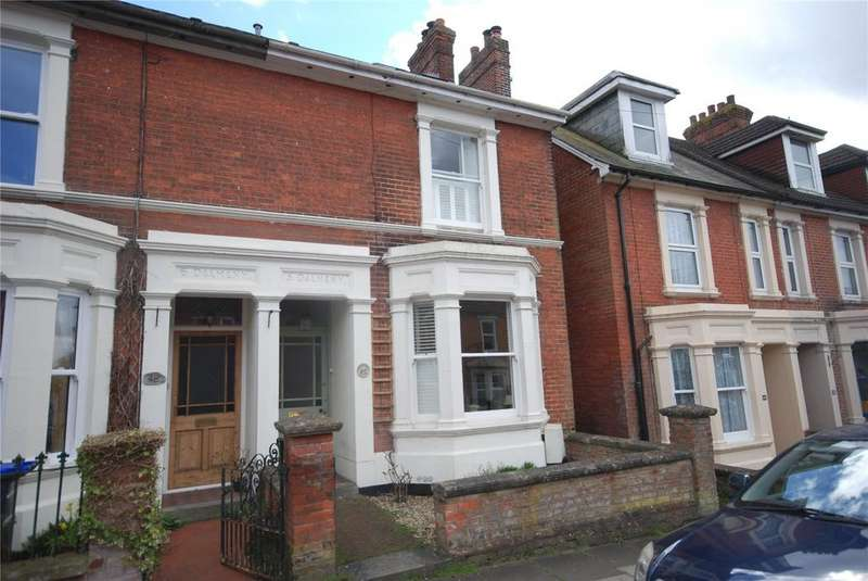 4 Bedrooms Terraced House for sale in Hamilton Road, Salisbury, Wiltshire, SP1