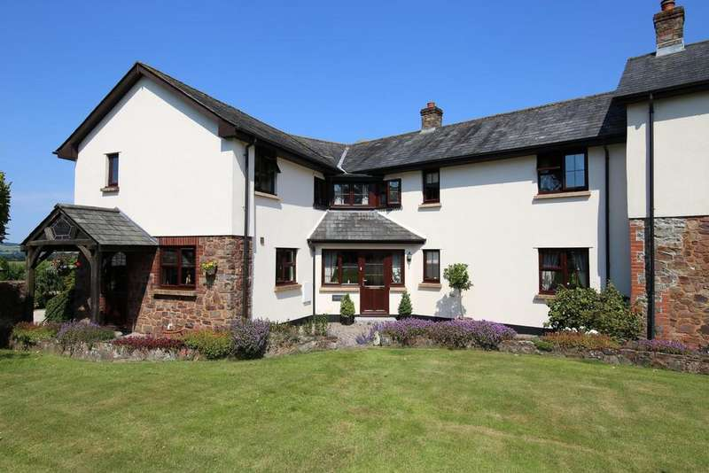 4 Bedrooms House for sale in Warnicombe Court, Nr Tiverton