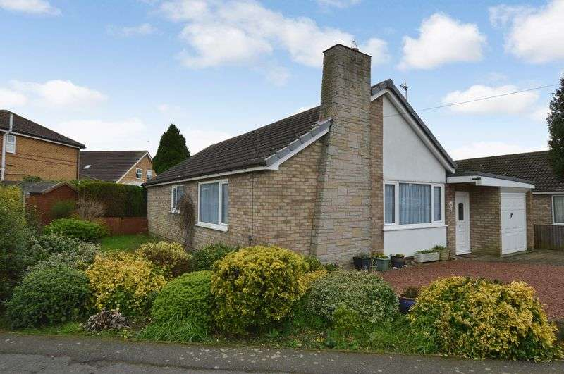 3 Bedrooms Detached Bungalow for sale in 12 Fortescue Close, Tattershall
