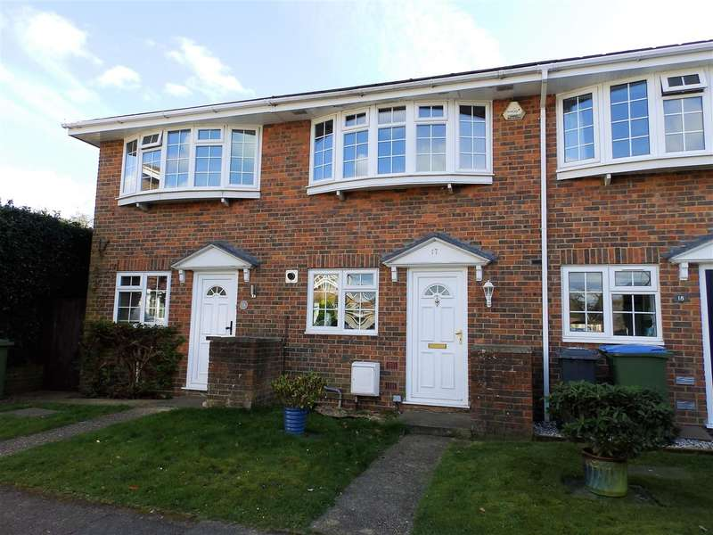 2 Bedrooms Terraced House for sale in Northdown Close, Horsham