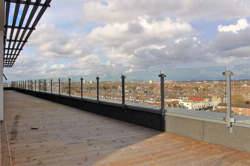 3 Bedrooms Penthouse Flat for sale in Spur House, Wimbledon, SW19