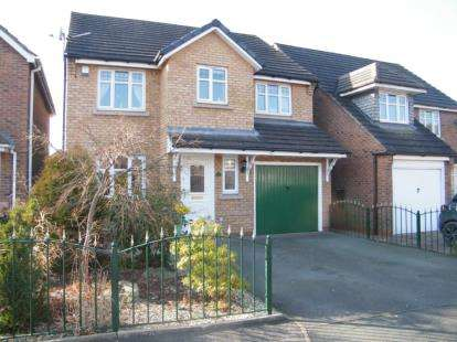 4 Bedrooms Detached House for sale in Hartwell Grove, Winsford, Cheshire
