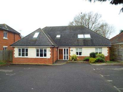 1 Bedroom Flat for sale in 83 Catherington Lane, Horndean, Hampshire