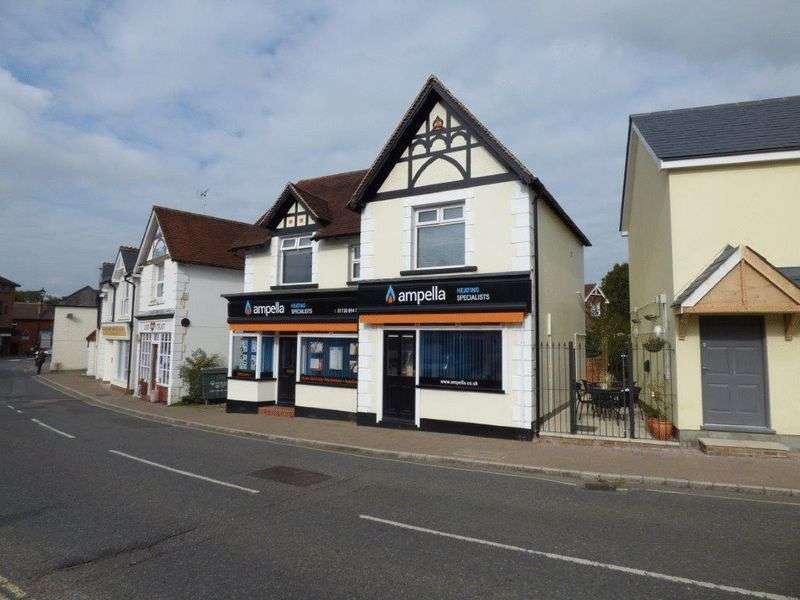 2 Bedrooms Property for sale in Station Road, Liss