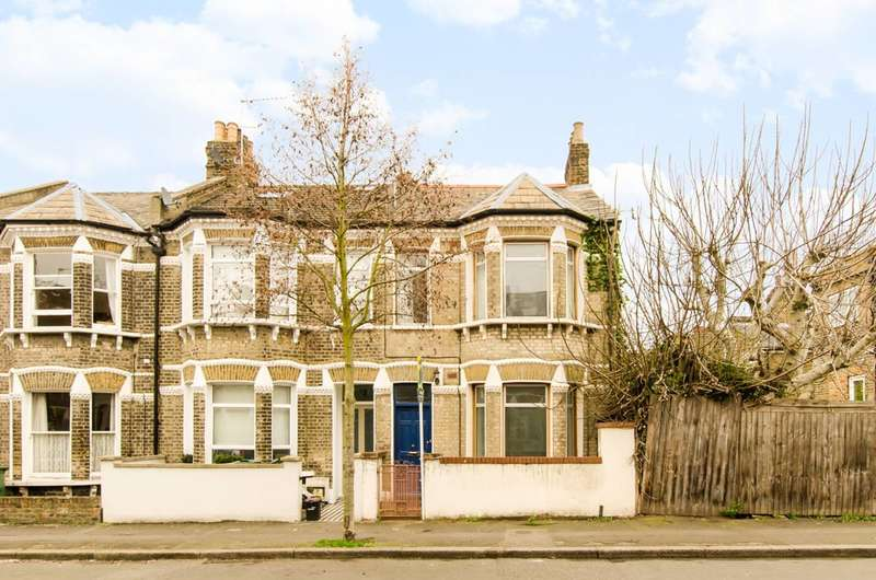 3 Bedrooms House for sale in Hargwyne Street, Clapham North, SW9