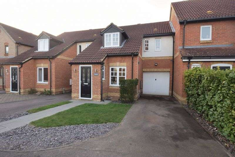 3 Bedrooms Terraced House for sale in Parrish Close, Marston Moretaine