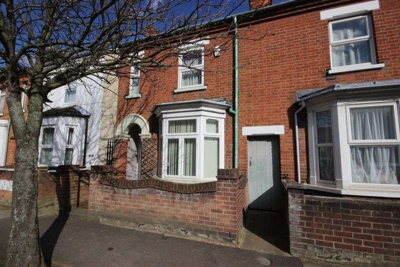 3 Bedrooms Semi Detached House for sale in Marlborough Road, Bedford