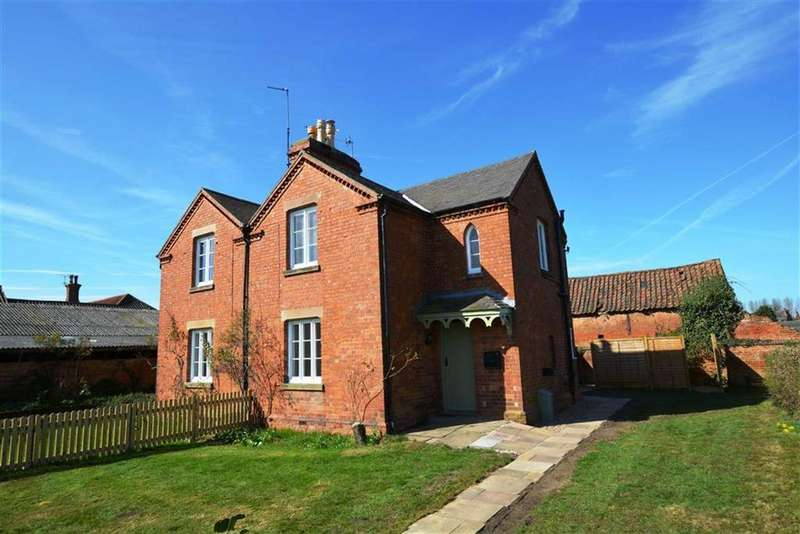 2 Bedrooms Semi Detached House for rent in Main Street, Hoveringham, Nottingham, NG14