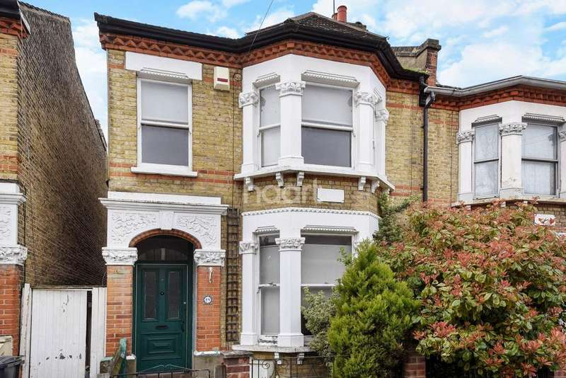 5 Bedrooms Semi Detached House for sale in Norfolk Road, Thornton Heath, CR7