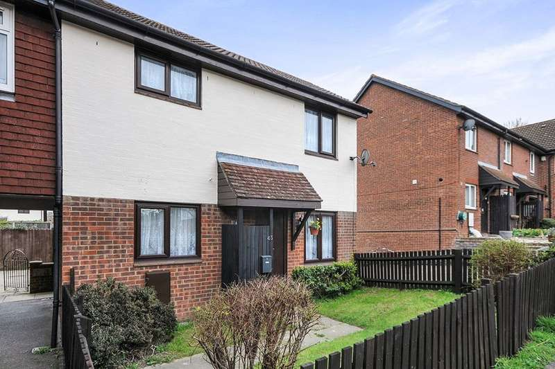 1 Bedroom Semi Detached House for sale in Whitecroft, Swanley, BR8