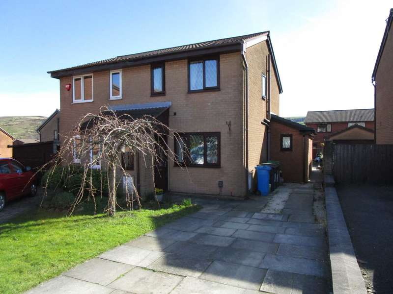 2 Bedrooms Semi Detached House for sale in Wessex Park Close, Shaw