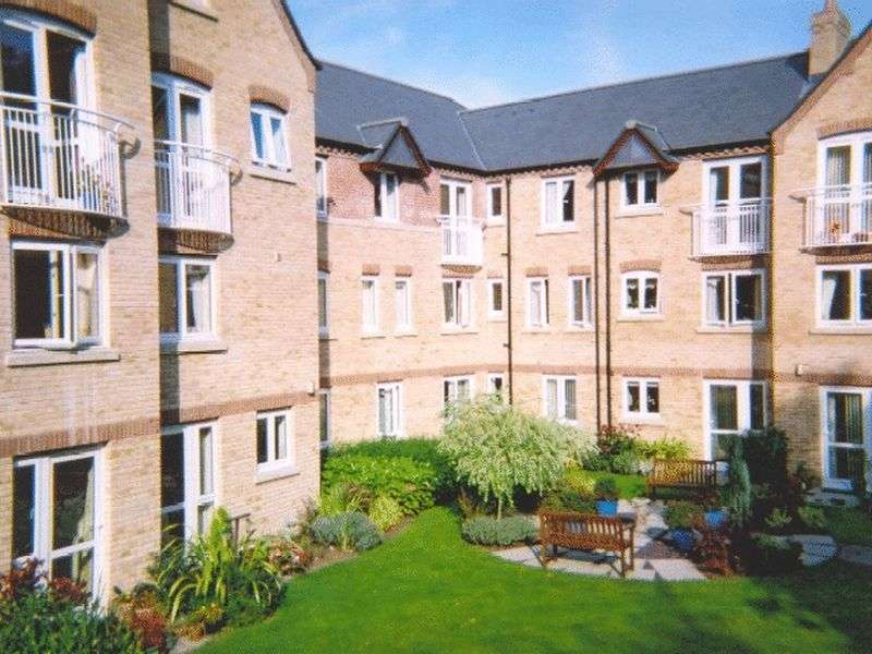 1 Bedroom Retirement Property for sale in Lacy Court, Bury St Edmunds, IP33 3AD