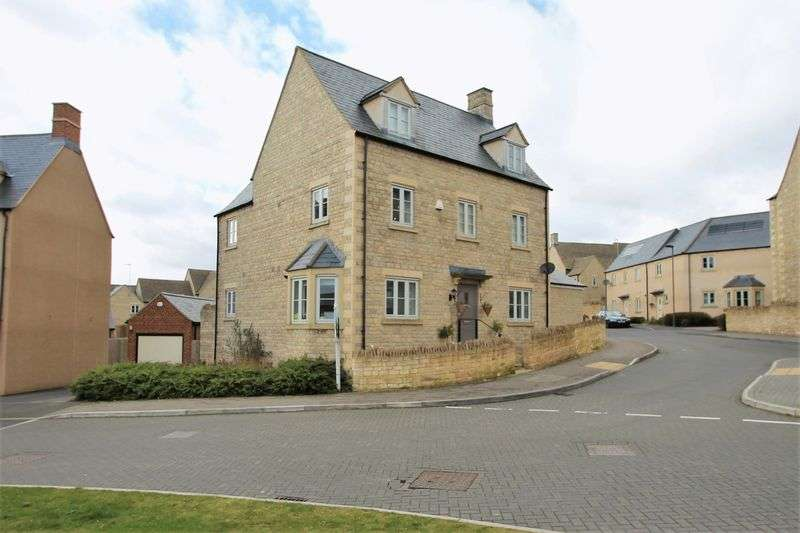 5 Bedrooms Semi Detached House for sale in Moss Way, Cirencester, Gloucestershire