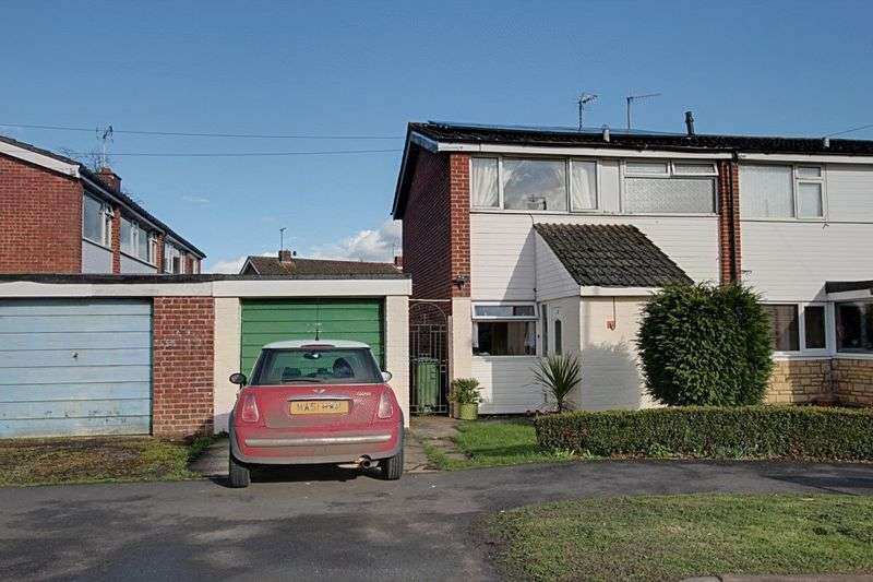 3 Bedrooms Terraced House for sale in Hungerford Road, Calne