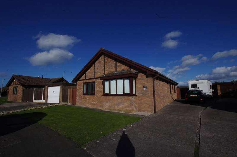 3 Bedrooms Detached Bungalow for sale in Trem Y Castell, Towyn