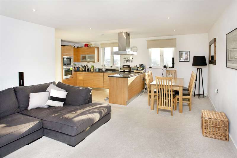 2 Bedrooms Flat for sale in Clapham High Street, London, SW4