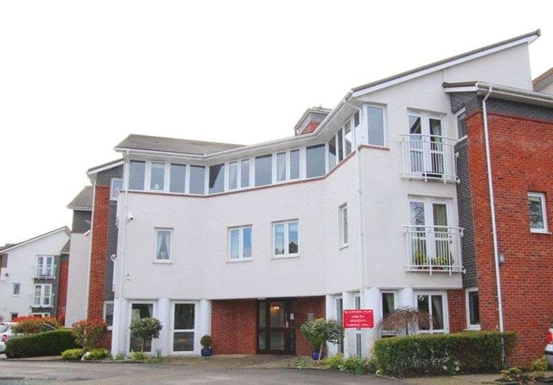 2 Bedrooms Flat for sale in Blackwood Court, Woolton Road, Childwall, Liverpool, L16