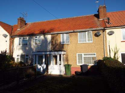 3 Bedrooms Terraced House for sale in Franklin Avenue, Cheshunt, Waltham Cross, Hertfordshire