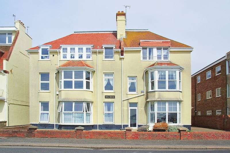 2 Bedrooms Flat for sale in Seafront, Aldwick PO21
