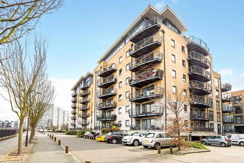 2 Bedrooms Flat for sale in Thistley Court, Glaisher Street, Greenwich, London, SE8