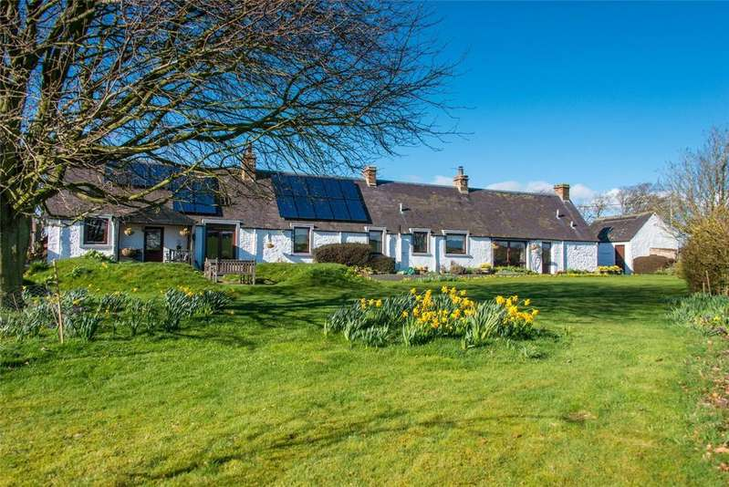 4 Bedrooms Detached House for sale in Westfield, Smailholm, Kelso, Scottish Borders, TD5