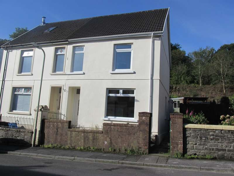 3 Bedrooms Terraced House for sale in Moy Road, Aberfan, Merthyr Tydfil