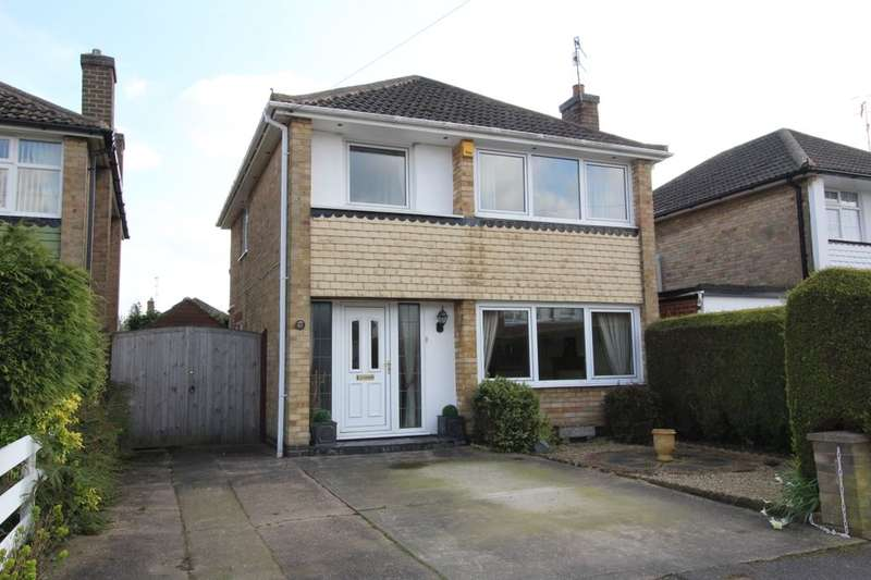 3 Bedrooms Detached House for sale in Walk Mill Drive, Hucknall, Nottingham, NG15