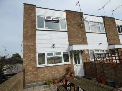 2 Bedrooms Flat for sale in Benfleet, Essex, Uk