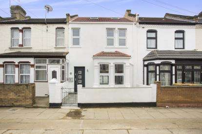 5 Bedrooms Terraced House for sale in Forest Gate, London, England