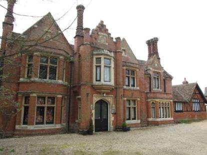 1 Bedroom Flat for sale in Hadleigh, Ipswich
