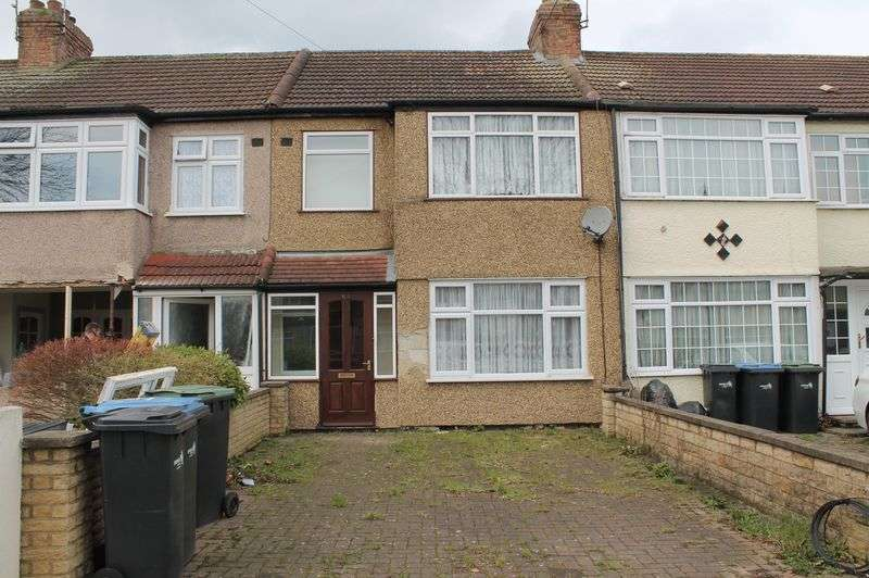 3 Bedrooms Terraced House for sale in Winnington Road, Enfield