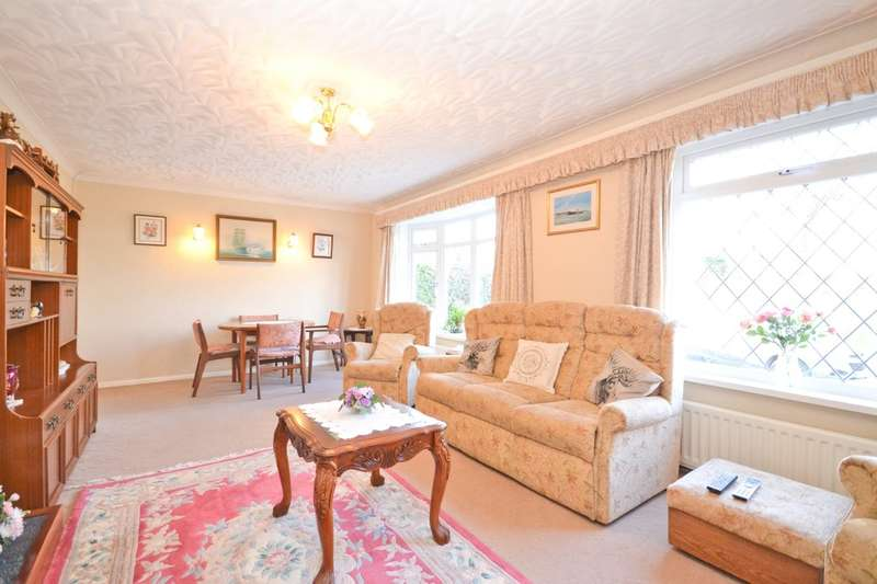 2 Bedrooms Detached Bungalow for sale in Newport, Isle Of Wight
