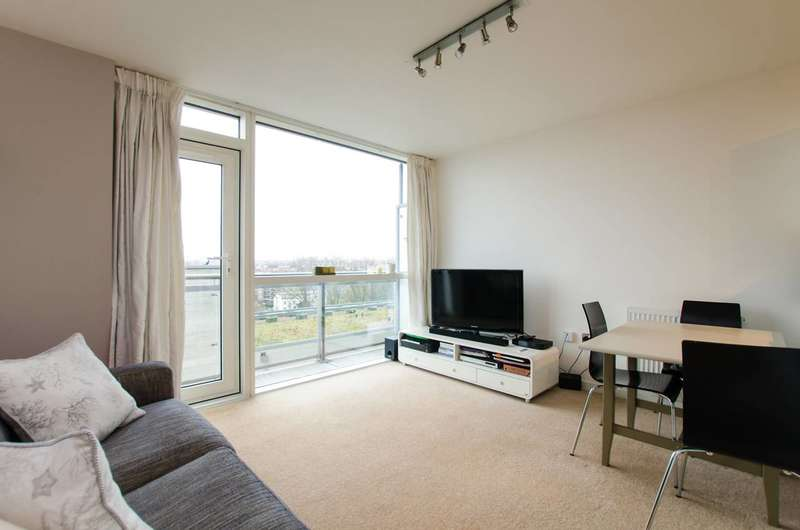 1 Bedroom Flat for sale in Mapleton Road, Wandsworth Town, SW18