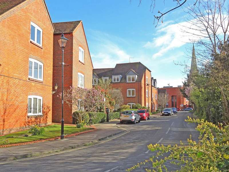 2 Bedrooms Retirement Property for sale in Providence Place, Chapel Street, Chichester PO19