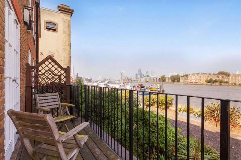 3 Bedrooms House for sale in National Terrace, Bermondsey Wall East, London, SE16